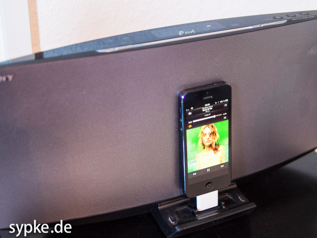 test apple lightning auf 30 pin adapter. Black Bedroom Furniture Sets. Home Design Ideas