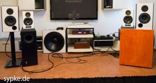 Die Lautsprecher wurden immer Paarweise gehört - hier die SB18 und die Artist 5